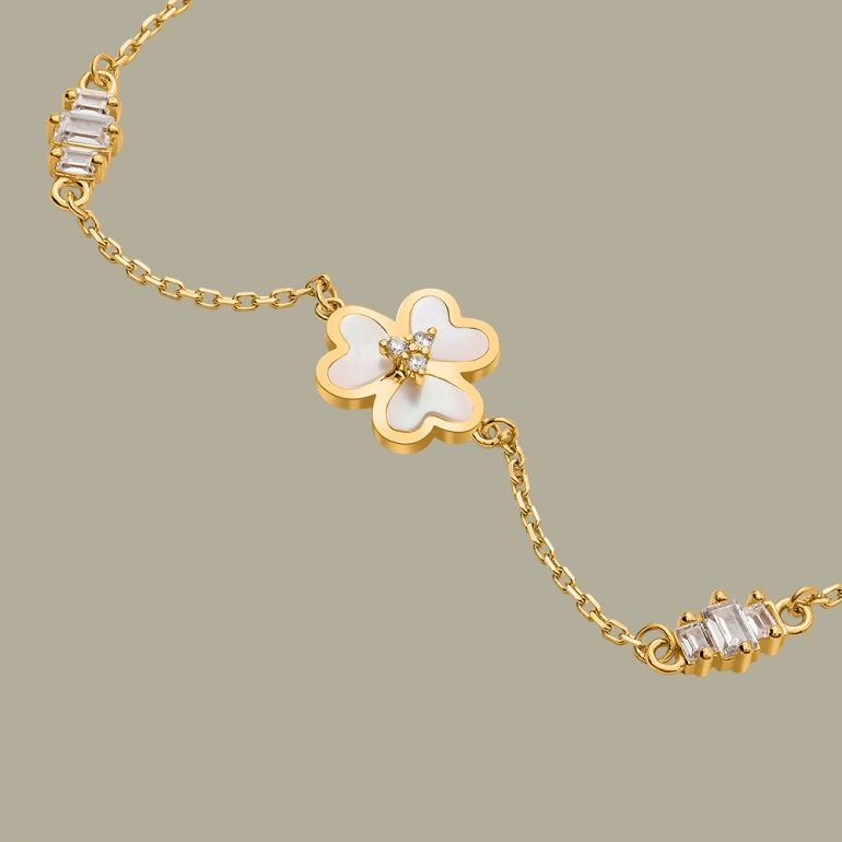 Fabian 3 Petal Flower Design Gold Bracelet-FLJ-OA17B5411S-BR.G 02