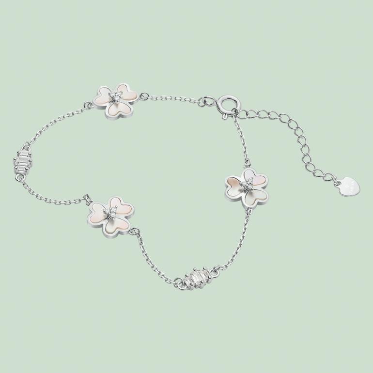 Fabian 3 Petal Flower Design Silver Bracelet-FLJ-OA17B5411S-BR.S 01